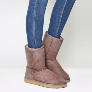 UGG Classic Short II Stormy Grey boot